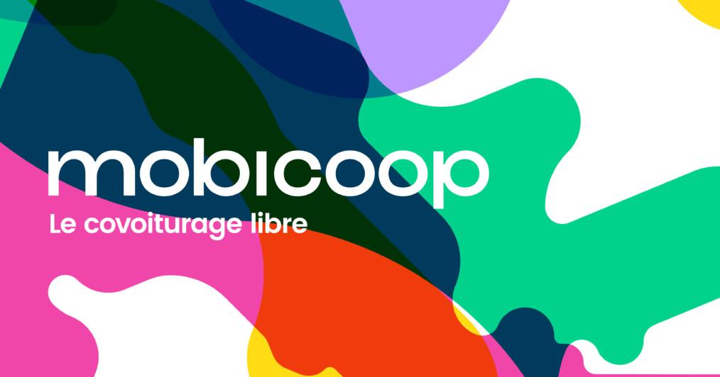 """Transport et économie collaborative : logo de mobicoop, tâches couleur et texte """"mobicoop, le covoiturage libre"""""""